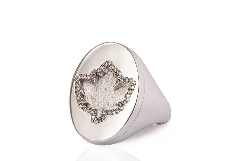 MIMIA LEBLANC LEAF RING WHITE GOLD DIAMOND
