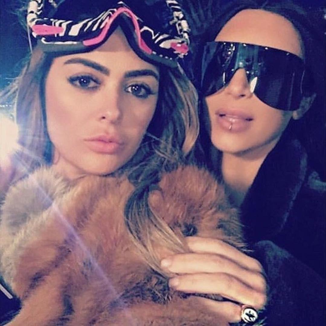 """Kim kardashian wearing """"Fleur De Lys"""" Ring"""